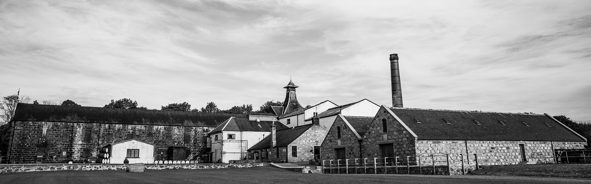 Knockdhu Distillery (anCnoc single malt whisky)